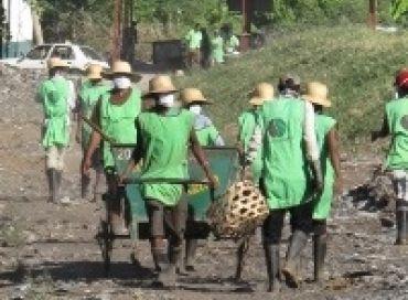 Transformer les déchets en compost à Madagascar