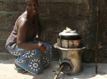 Diffusion de cuiseurs à haut rendement en Guinée