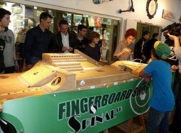 Le Finger-skate entre au Musée National du Sport