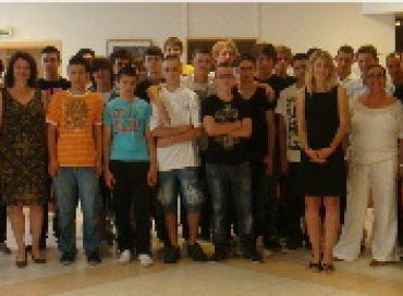 L'éco-conduite expliquée par les lycéens de Monaco