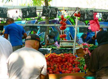 Visite du marché de Barbes