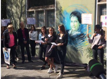 Simone Veil sur les murs pour la défense des droits humains