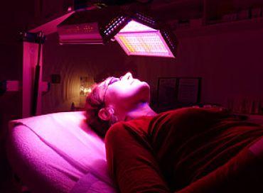 La lumière LED contre l'acnée